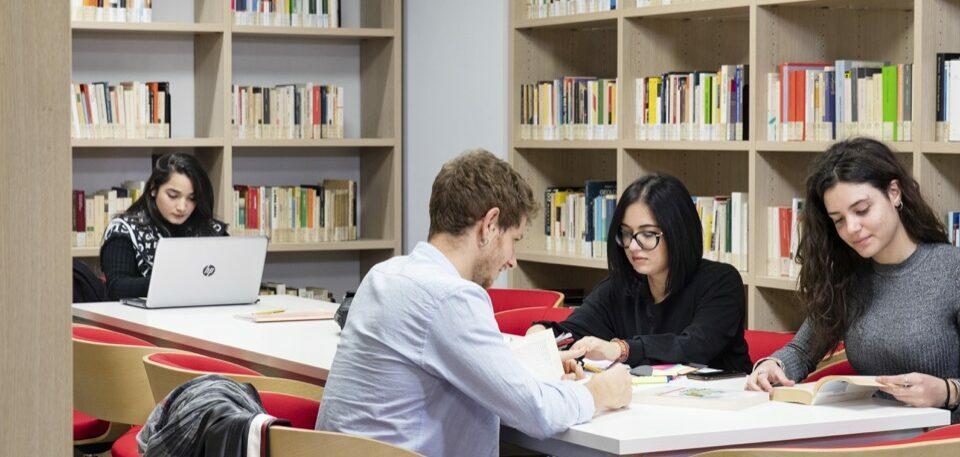 po-biblioteca-collegio-einaudi-1