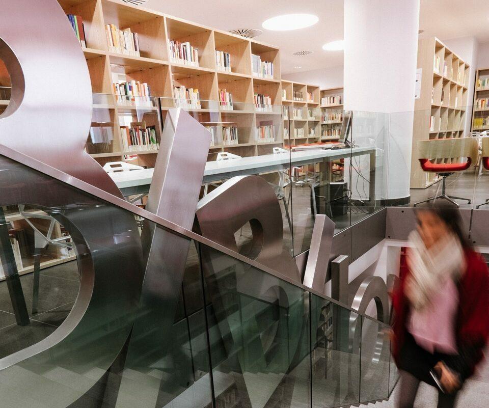 po-biblioteca-collegio-einaudi-10
