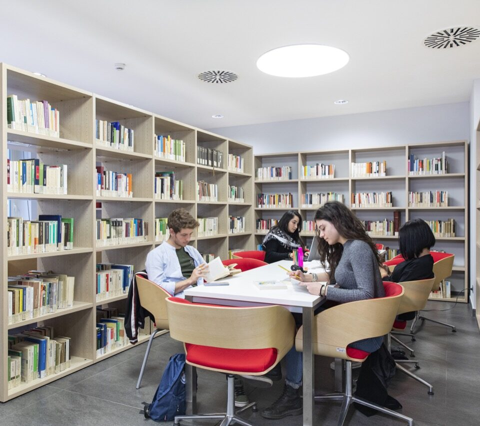 po-biblioteca-collegio-einaudi-2