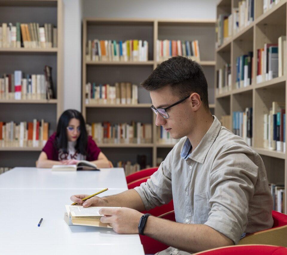 po-biblioteca-collegio-einaudi-3