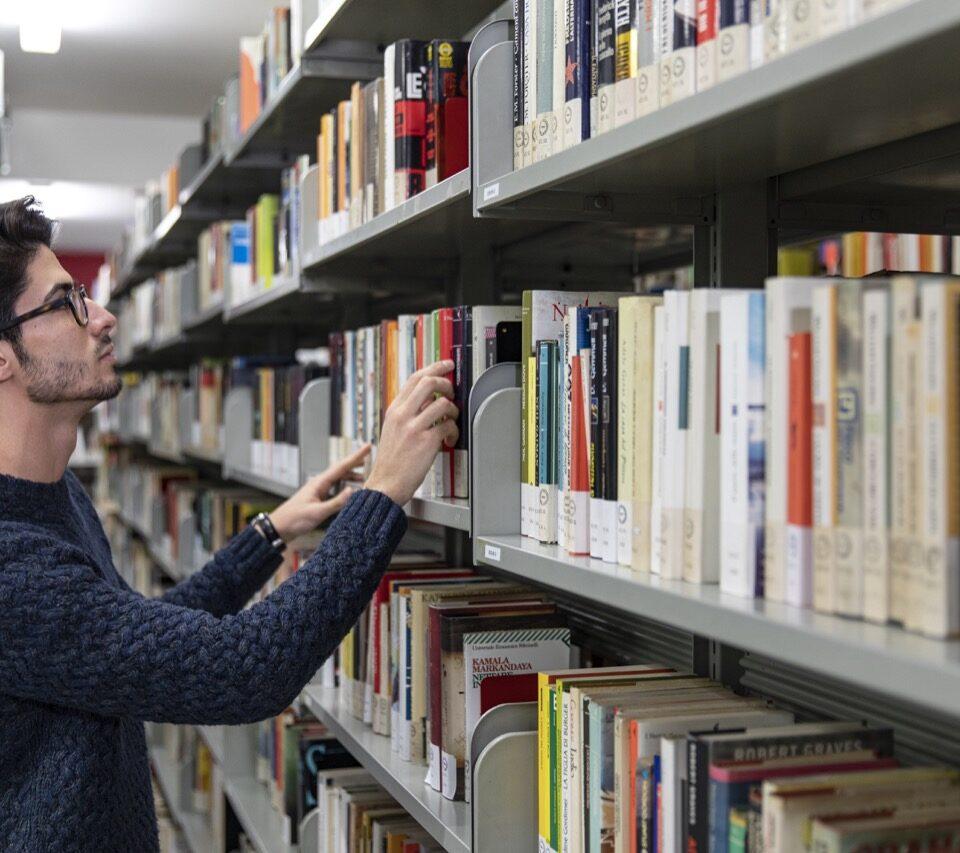 po-biblioteca-collegio-einaudi-5