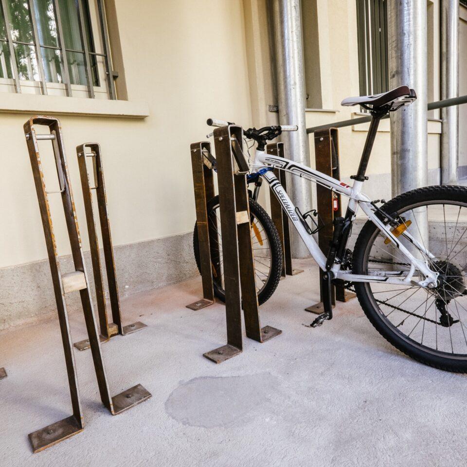 po-deposito-biciclette-collegio-einaudi